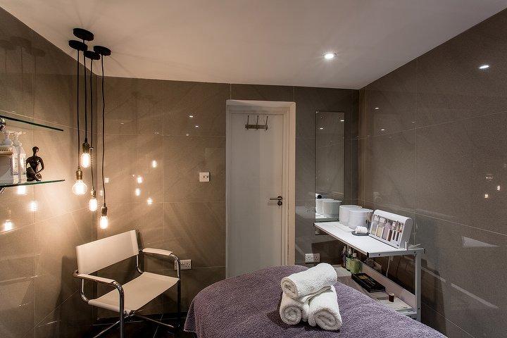 andre-prierre-brixton-salon